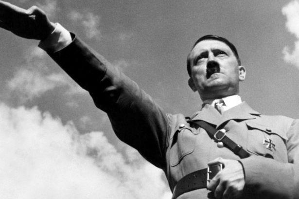 Almanya'da Adolf Hitler'in Özel Fotoğraf Albümü Yayımlandı galerisi resim 1