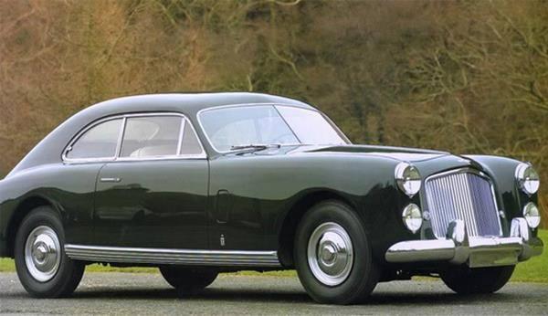 Unutulmaz James Bond Arabaları galerisi resim 2