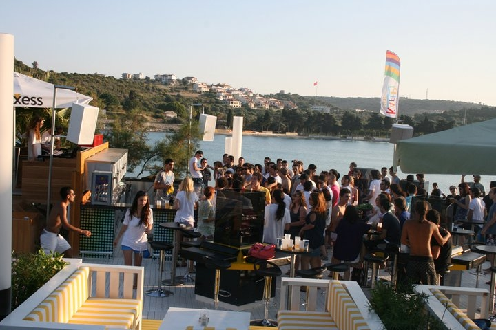 Çeşme'nin En İyi Beach Club'ları galerisi resim 9
