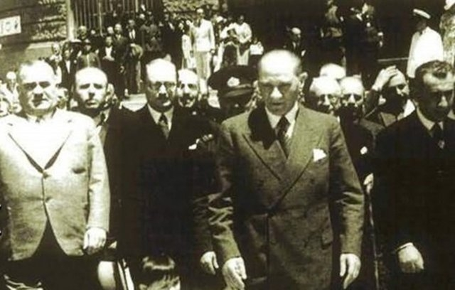 Mustafa Kemal Atatürk'ün İlk Defa Göreceğiniz Albümü galerisi resim 13