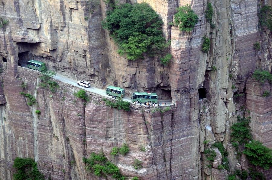 Dünyanın En Tehlikeli Yolları galerisi resim 6