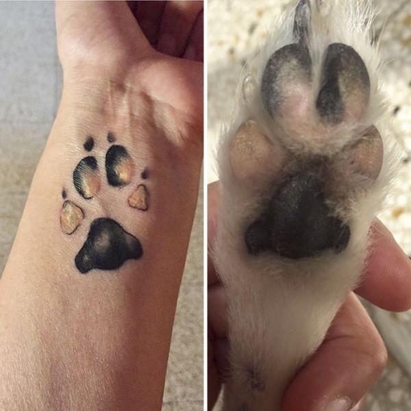 Köpeklerinin Pati İzini Dövme Yaptıran Hayvanseverler galerisi resim 12