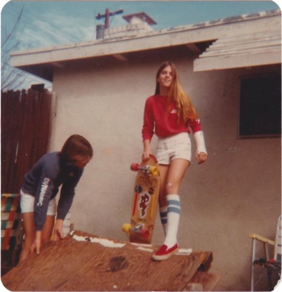 Ebeveynlerinin Gençlik Fotoğraflarını Paylaşan Gençler galerisi resim 18