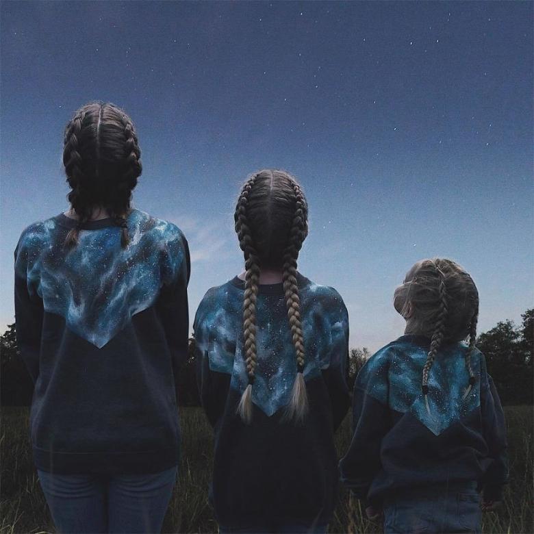 Anne ve Kızlarının Uyum İçerisindeki Sevimli Fotoğrafları galerisi resim 16