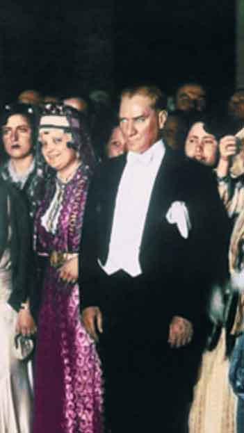 Renklendirilmiş Atatürk Fotoğrafları Çok Özel Resimler galerisi resim 16