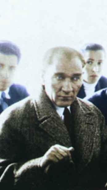Renklendirilmiş Atatürk Fotoğrafları Çok Özel Resimler galerisi resim 19