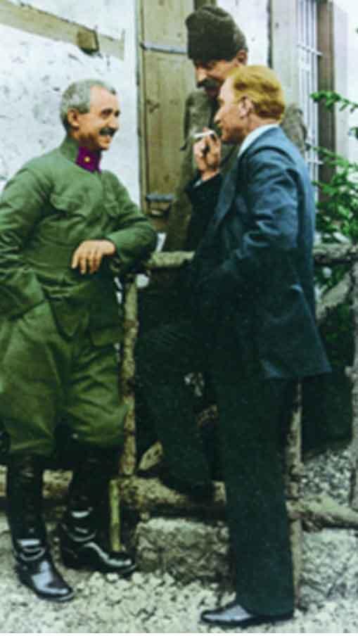 Renklendirilmiş Atatürk Fotoğrafları Çok Özel Resimler galerisi resim 2