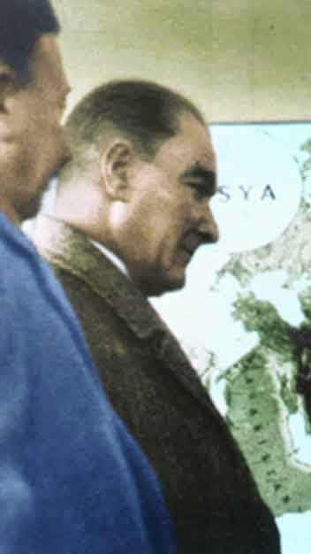 Renklendirilmiş Atatürk Fotoğrafları Çok Özel Resimler galerisi resim 20