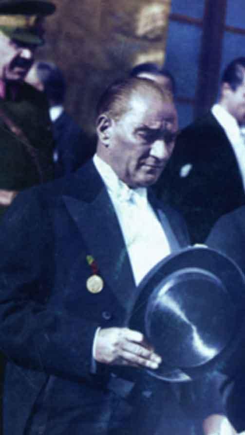Renklendirilmiş Atatürk Fotoğrafları Çok Özel Resimler galerisi resim 26