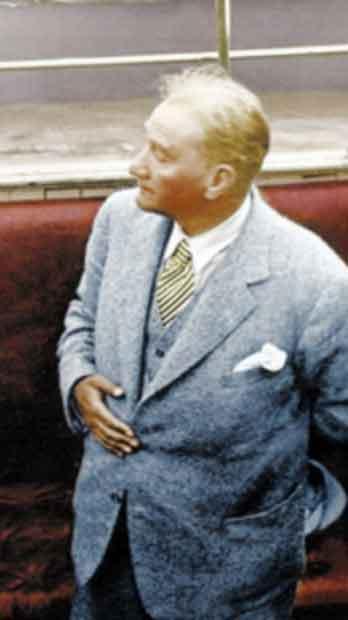 Renklendirilmiş Atatürk Fotoğrafları Çok Özel Resimler galerisi resim 29