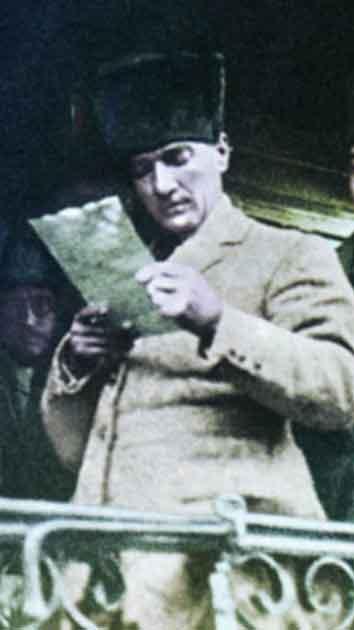Renklendirilmiş Atatürk Fotoğrafları Çok Özel Resimler galerisi resim 4