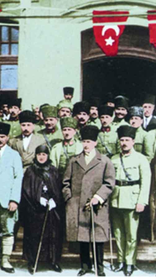 Renklendirilmiş Atatürk Fotoğrafları Çok Özel Resimler galerisi resim 7