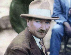 Renklendirilmiş Atatürk Fotoğrafları Çok Özel Resimler