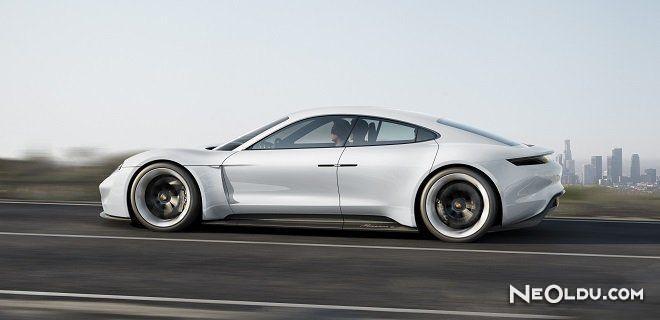 Porsche Elektrikli Aracını Tanıttı