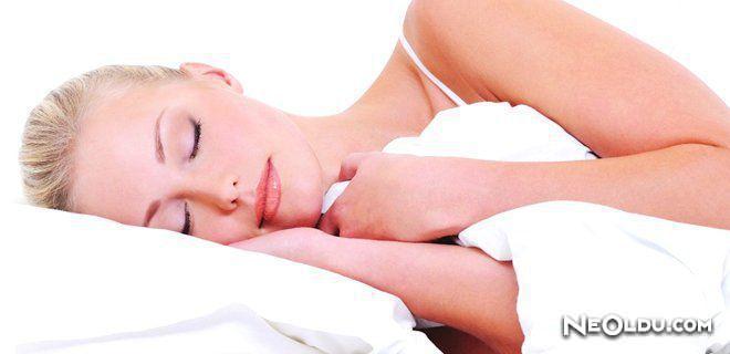 Rüyada Yastık Görmek Ne Anlama Gelir?