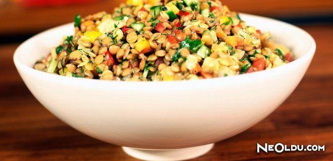 Nar Ekşili Mercimek Salatası Tarifi