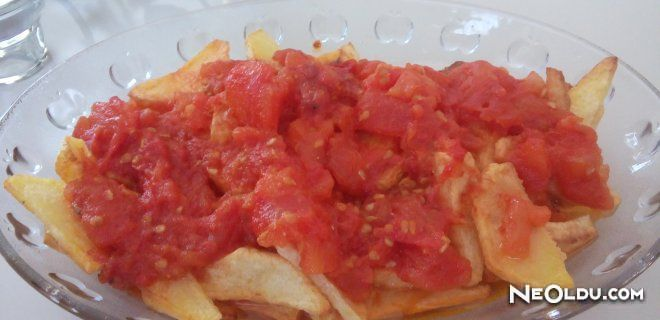 Domates Soslu Patates Kızartması Tarifi