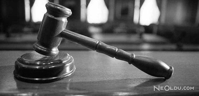 Fazla İlgiden Bıktı, Boşanma Davası Açtı
