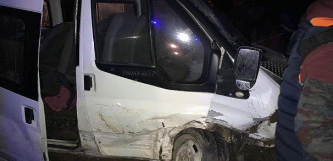 Ağrı'da Feci Kaza! Çok Sayıda Yaralı Var