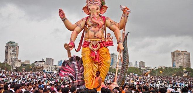 Hindistan'da Yaşayan Dinler