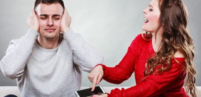 Erkeklerin Sevmediği 9 Kadın Davranışı