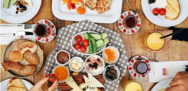 Sağlıklı Bir Kahvaltıda Olması Gereken Besinler