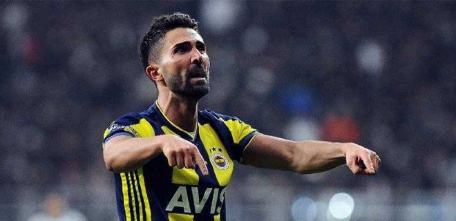 Avrupa'dan Transfer Teklifleri Alan Hasan Ali Kaldırım Fenerbahçe'de Kalmak İstiyor