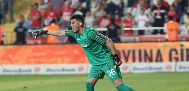 İngiliz Devi Liverpool'dan Trabzonspor'un Genç Kalecisi Uğurcan'a Teklif