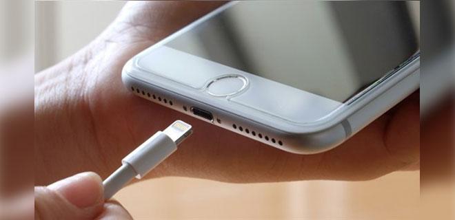 Apple Şarj Kablolarını Değiştiriyor! İşte Yeni iPhone Şarj Yuvası!