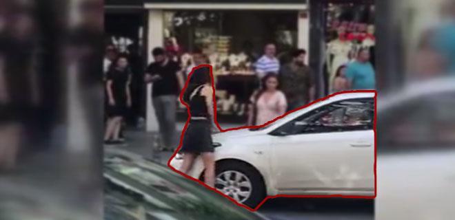 Arabasını Döven Dizini de Döver! Çevredekiler Şaştı Kaldı!