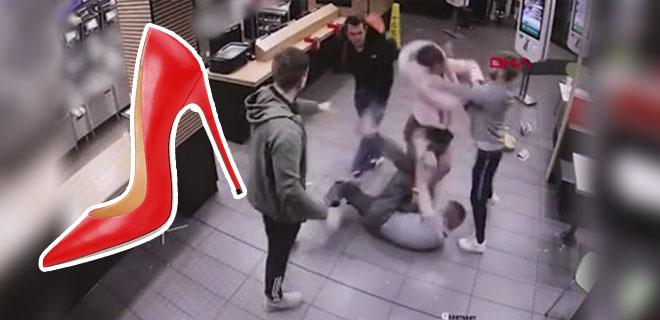 Topuklu Ayakkabısını Silah Olarak Kullandı, Kendisine Gülenlere Saldırdı: 1 Yaralı! İşte O Görüntüler