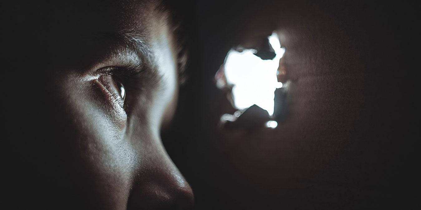 Sosyal Fobi Nedir ve Nasıl Tedavi Edilir?