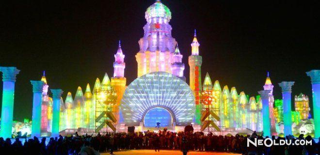 Kar Festivali ( Sapporo Snow Festival)