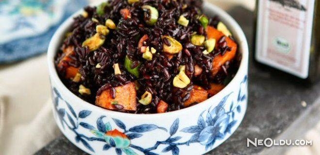 Siyah Pirinç Salatası
