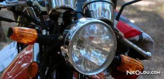 Motosikletin Far Ampulü Nasıl Değiştirilir?
