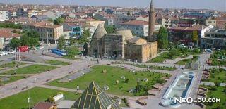 Kırşehir'de Gezilip Görülmesi Gereken Yerler