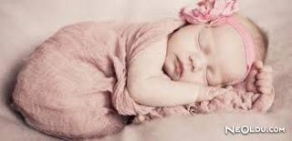 Bebeğinizi Sallayarak Uyutmayın!