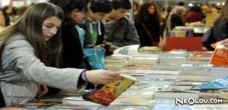 Yurt Dışında ve Türkiye'de Kitap Fuarları