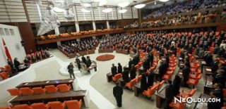 Rüyada Meclis Görmek Ne Anlama Gelir?