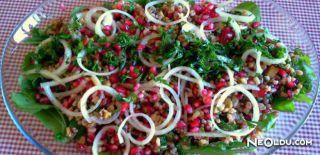 Narlı Bulgur Salatası Tarifi