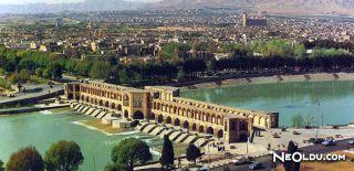 İsfahan'da Gezilip Görülmesi Gereken Yerler