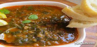 Ispanaklı Yeşil Mercimek Çorbası Tarifi