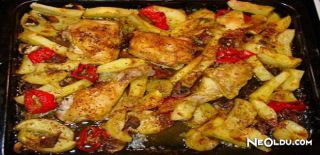 Fırında Soslu ve Patatesli Tavuk Tarifi