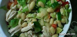 Hindi Etli Kuru Fasulye Salatası Tarifi