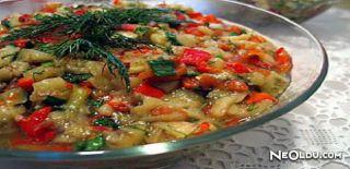 Patlıcanlı ve Domatesli Yaz Salatası Tarifi