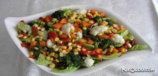 Renkli Salata Tarifi