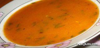 Salçalı Mantar Çorbası Tarifi