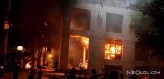 Paraguay'da Göstericiler Kongre Binasını Yaktı