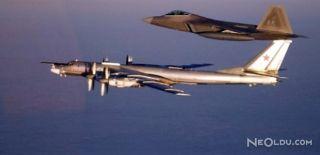 ABD Uçakları Rus Uçaklarını Engelledi