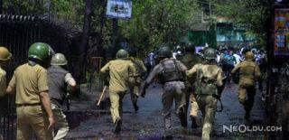 Hindistan'da 24 Polis Hayatını Kaybetti